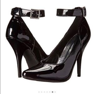 Elle Black Heels With Ankle Straps
